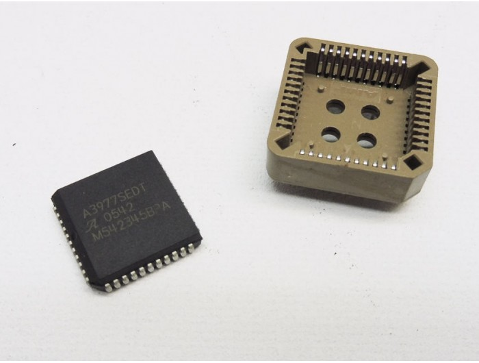 A3977SEDT Stepper Motor Driver PLCC44 with Socket